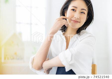 女性 ポートレート 20代 74521540