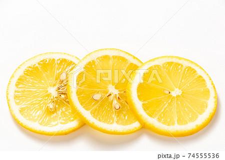 レモン(スライス)。 74555536