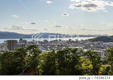 松江城天守閣からの松江市街地眺望 74586374