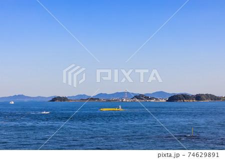 知多半島の最先端、羽豆岬から見た篠島 74629891