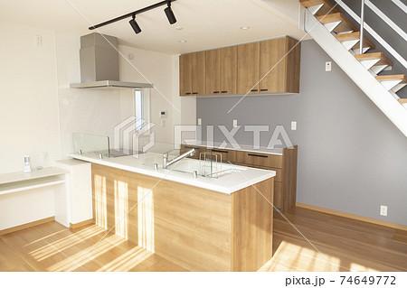 新築住宅 74649772