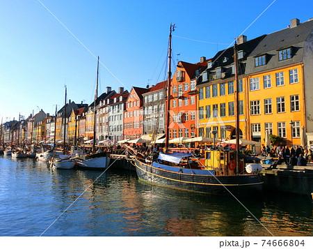 コペンハーゲンのかわいい町並み/カラフルな街並み/ニューハウン 74666804