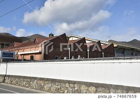 【群馬県 桐生市】桐生新町、ノコギリ屋根のパン工場 74667659