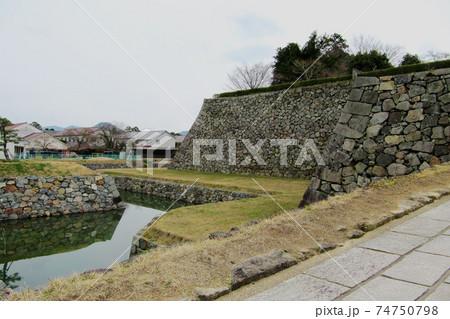 篠山城跡の石垣と堀/兵庫県丹波篠山市 74750798