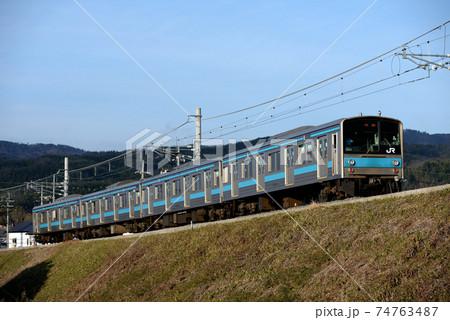 奈良線を行く205系1000番台普通電車 74763487