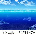 太陽の光を射し輝く海 74768470