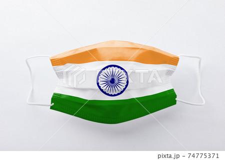 インド国旗のマスク 74775371
