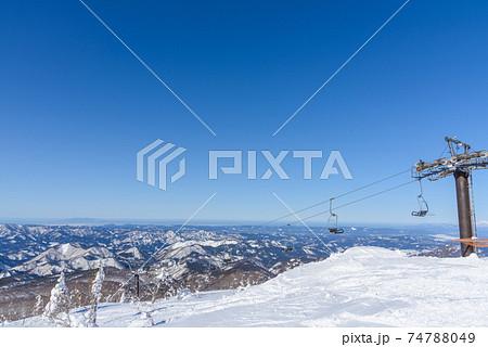 雪山からの眺め 74788049