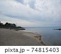 浜辺 74815403