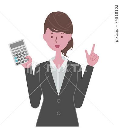 電卓を持つ黒いスーツを着た女性 74818102