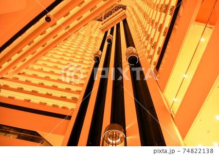 ぱん・パシフィックホテル内部エレベーター/シンガポール 74822138