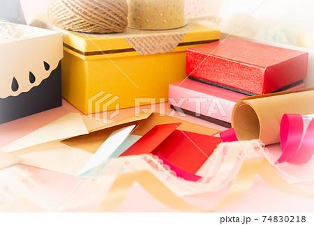 ラッピング用品いろいろ 包装紙 リボン ギフト プレゼント 74830218