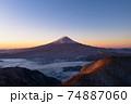 朝焼けの富士山 空撮 新道峠 雲海 74887060