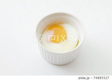 レンジで作った半熟卵 74895527