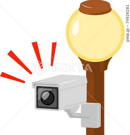 街灯に設置された監視カメラ 74926281