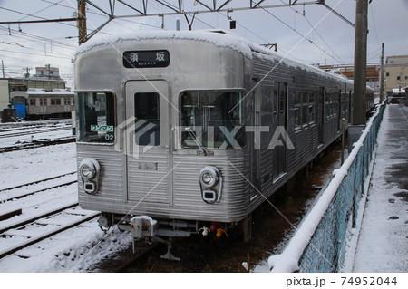 冬の長野電鉄3500系(非冷房車両) 74952044