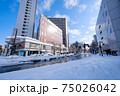 冬・雪の富山駅前 75026042