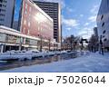 冬・雪の富山駅前 75026044