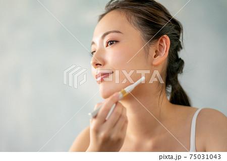 20代女性うぶ毛剃り 75031043