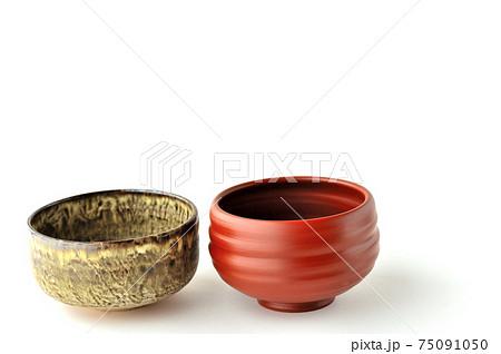 笠間焼失透窯変の抹茶茶碗と朱泥の常滑焼の抹茶茶碗 75091050