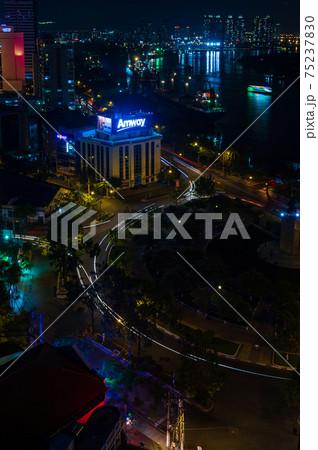 ベトナム・ホーチミン サイゴンの夜景 75237830