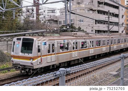 東京メトロ副都心線7000系の車輌 75252703