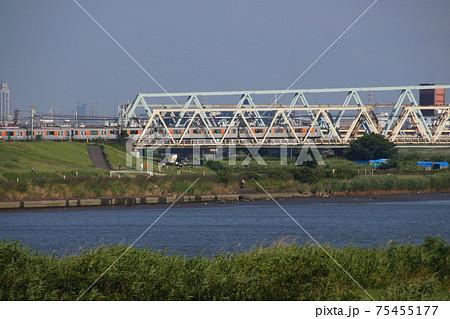 東武伊勢崎線:荒川を渡る50050系(東京地下鉄半蔵門線直通列車) 75455177