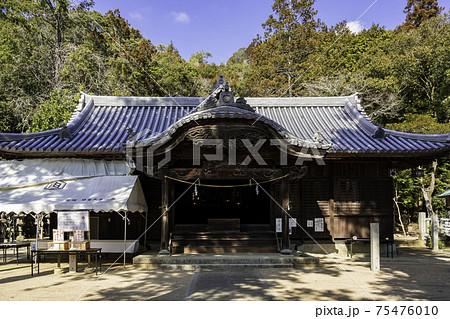 由加神社 拝殿 岡山県和気町 75476010