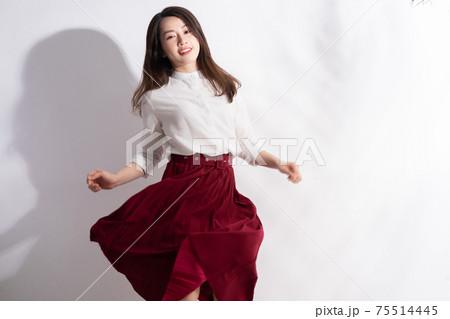 Woman beauty 75514445