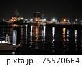 夜の港 75570664