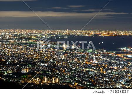 日本三大夜景 摩耶山掬星台からの1000万ドルの夜景 75638837