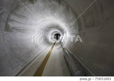 地下にあるコンクリートの導水管(土浦市/茨城) 75651663