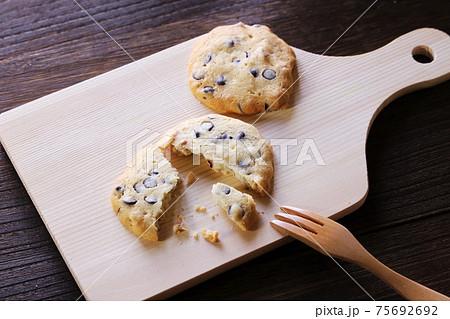 焼き菓子 チョコチップクッキー 75692692