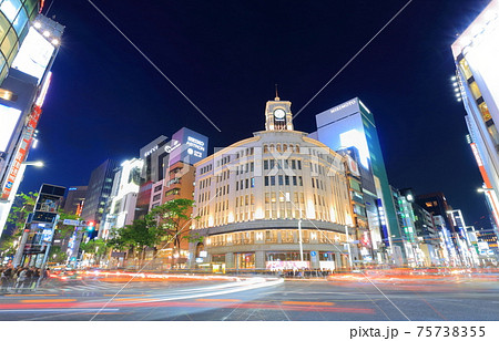 【東京都】銀座四丁目の夜景 75738355
