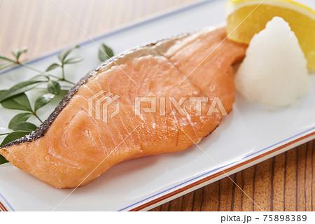 鮭の塩麹焼 75898389