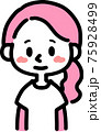 シンプルでカジュアルな女性 75928499