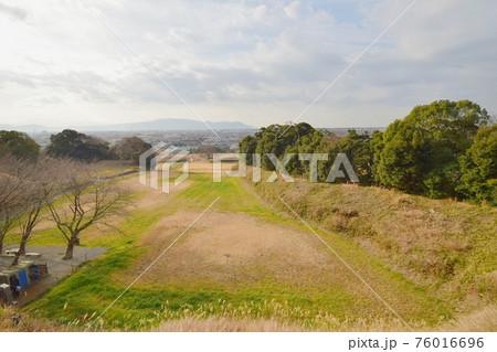 興国寺城 土塁上からの景色 76016696