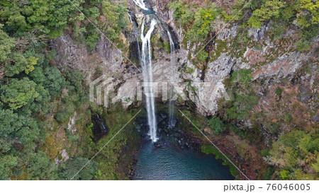 福貴野の滝のドローン空撮 76046005