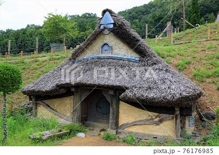 イングリッシュガーデン散策・28(滋賀県米原市多和田) 76176985