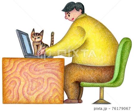仕事をする男性と猫 76179067
