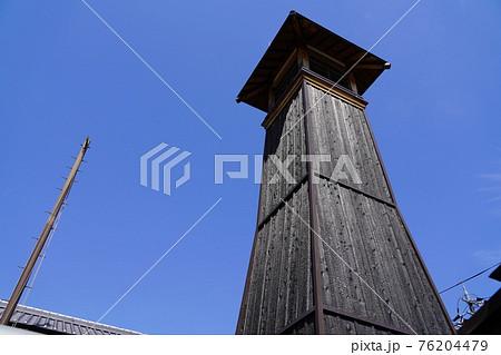 奈良 大和郡山市 江戸時代の火見櫓(城下町、春) 76204479