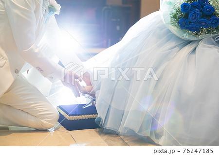 結婚式でシンデレラの演出 76247185