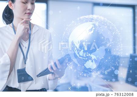 DXによるビジネスイノベーション 76312008