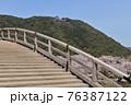 錦帯橋と満開の桜 76387122