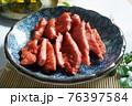 鶏 チキン ニワトリ 76397584
