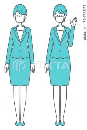 まっすぐ立つ マスクを着けたスーツの女性 76476375