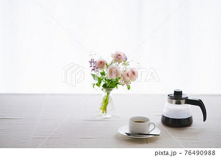 コーヒーのある暮らし 76490988