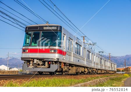 長野電鉄3000系(元東京メトロ日比谷線03系)朝陽~附属中学前間 76552814