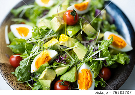 生野菜のサラダ 76583737