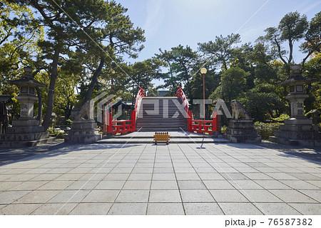 住吉大社は、住吉神社総本山で大阪で一番大きな神社。 76587382